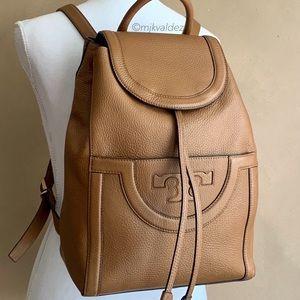 Like New✨Tory Burch Serif T Leather Backpack
